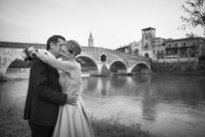 fotografo-matrimoni-verona-ponte-pietra