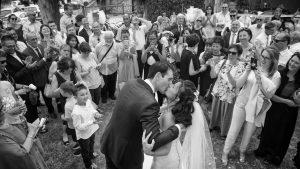 bacio-cerimonia-sposi-valgatara