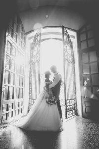 controluce-cancelli-matrimonio-sguardi