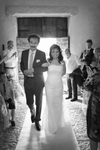 ingresso-sposa-chiesa-san-marco-valgatara