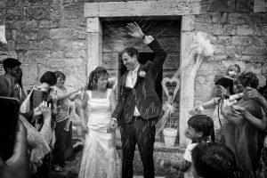 lancio-del-riso-sposi-matrimonio-valgatara