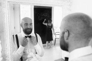 oggi-sposi-lavagna-sposo-specchio-bardolino