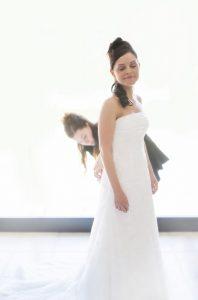 sposa-vestito-abito-bianco-acconciatura