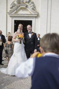 sposi-giallo-chiesa-riso